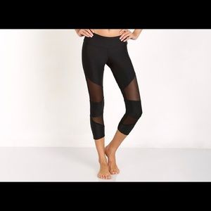 Onzie cropped cut out mesh leggings